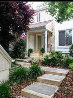 $4000 2 townhouse in Fairfax