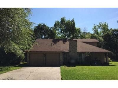 3 Bed 2.5 Bath Foreclosure Property in Spring, TX 77380 - Rockfern Rd