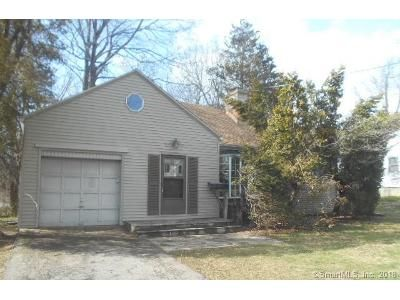4 Bed 1 Bath Foreclosure Property in Fairfield, CT 06825 - Wilson St