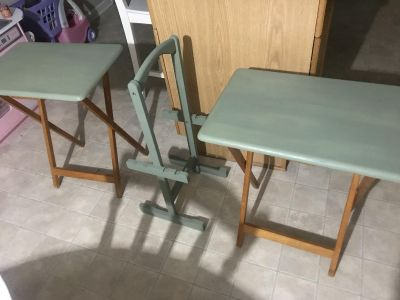 Chalk painted TV trays and stand