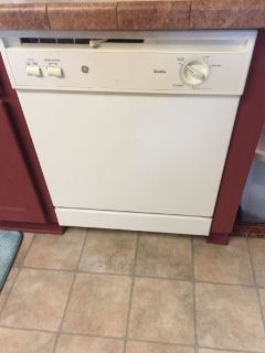 Craigslist - Furniture for Sale Classified Ads in Benson ...
