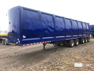2012 Universal 4001-253A 5/Axle Chip Trailer