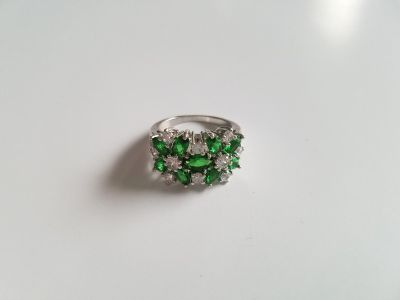Emerald & White Sapphire Floral Sterling Silver Ring - Size 6