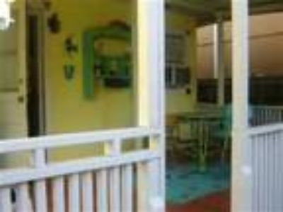 Angelfish Inn on Hollywood Beach - Motel