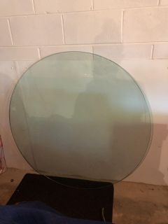 Large circular glass top! 48 almost 1/2 thick! No scratches! Used in stages home! $70