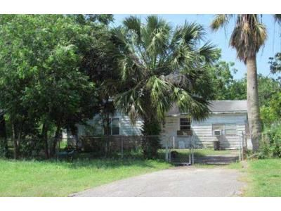 3 Bed 2 Bath Foreclosure Property in Odem, TX 78370 - E Baylor