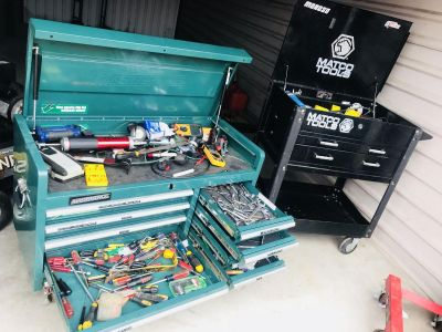 2 Toolboxes & Tools