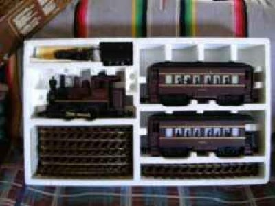 Lionel Thunder Mountain Express G-scale train set w/box
