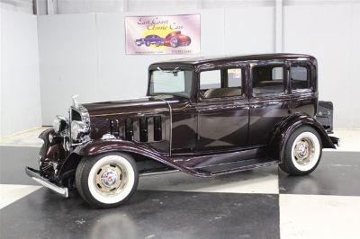 1932 Pontiac Sedan