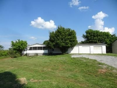 3 Bed 2 Bath Foreclosure Property in Riceville, TN 37370 - Highway 11 S