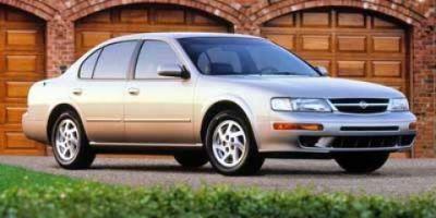 1997 Nissan Maxima GXE ()
