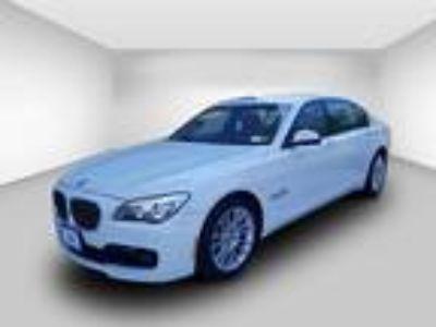 2013 BMW 7 Series 4dr Sdn 750Li xDrive AWD