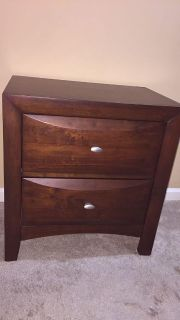 Like new Ivy League nightstand from Rooms to Go.Nice deep drawers top one velvet lined. Retails $180. Crossposted on other sites.see below