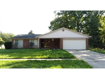 3 Bed 2.0 Bath Preforeclosure Property in Troy, MI 48085 - Randall Dr