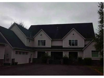 3 Bed 2.5 Bath Foreclosure Property in Roseburg, OR 97471 - River Club Dr
