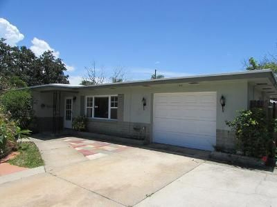 2 Bed 1 Bath Foreclosure Property in Largo, FL 33778 - 119th Ter