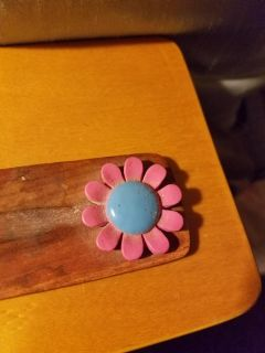 Wooden incense holder with flower