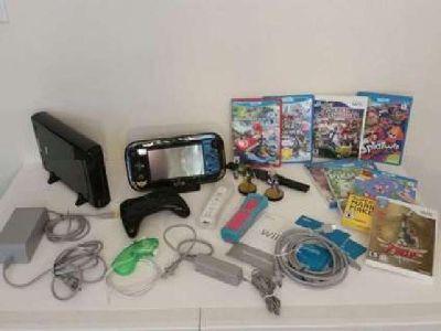 Nintendo Wii U The Legend Of Zelda: The Wind Waker HD Deluxe Set 32GB BUNDLE