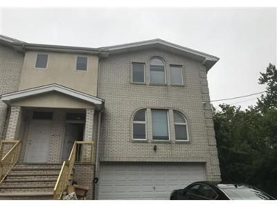 3 Bed 3.1 Bath Foreclosure Property in Fort Lee, NJ 07024 - Catherine St # B