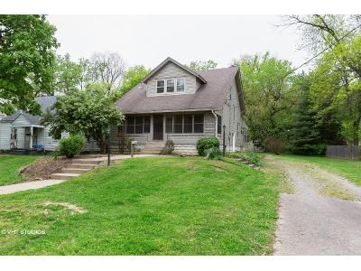 4 Bed 2 Bath Foreclosure Property in Louisville, KY 40214 - S 6th St