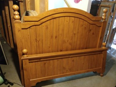 Pine Head and Foot Board for Double or Full Size Bed