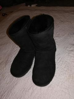 Womens ugg boots size 7