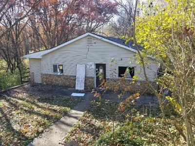 3 Bed 2 Bath Foreclosure Property in Arnold, MO 63010 - Forest Ln