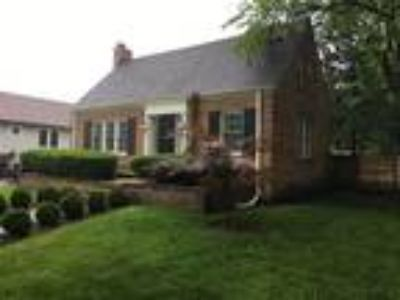 Homes for Sale by owner in Elmhurst, IL