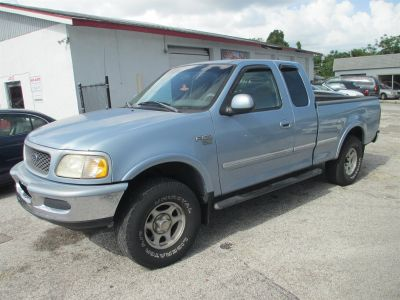 1998 Ford F-150 XLT (Blue (Light))