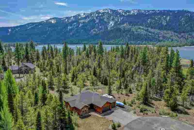 15 Cross Country Court Donnelly Four BR, Wonderful location with