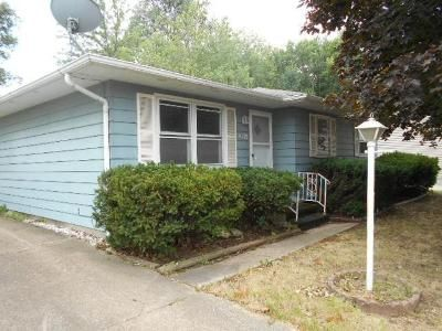 3 Bed 1 Bath Foreclosure Property in Erie, PA 16504 - Pine Ave