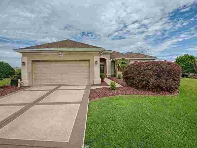 9245 SE 128th Lane Summerfield Two BR, This home is a show