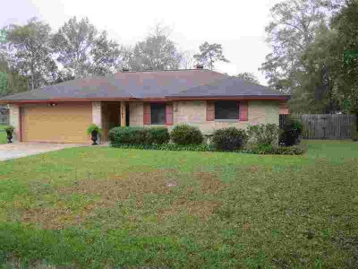 8509 Shakespeare Dr Orange Three BR, This is a darling home in a