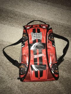 Hot wheels backpack that folds out to a track