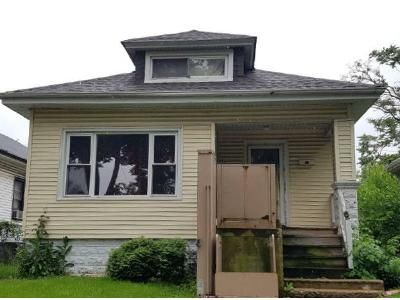 3 Bed 2 Bath Foreclosure Property in Chicago, IL 60628 - S Emerald Ave