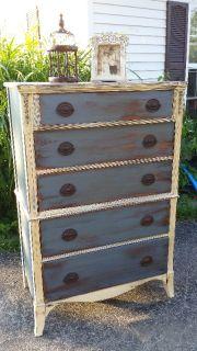 Beautiful Huntley dresser
