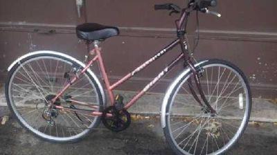 """$150 Womens 19"""" Giant Brownstone Hybrid Women's Bike Ladies Bicycle (Cedar Rapids)"""