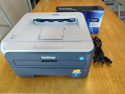 Brother printer, great condition, comes with extra toner cartridge