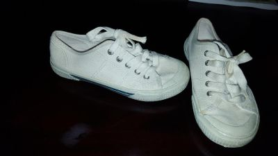 faded glory play shoes size,12
