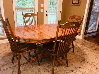 Oak Table/ chairs