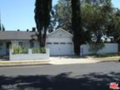 Four BR Two BA In West Hills CA 91307