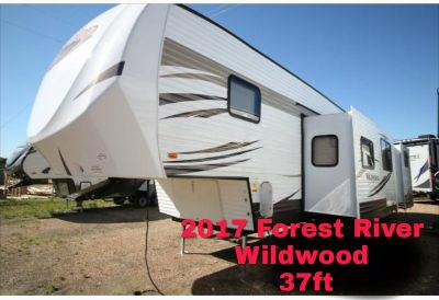 2017 Forest River Wildwood 33BHOK