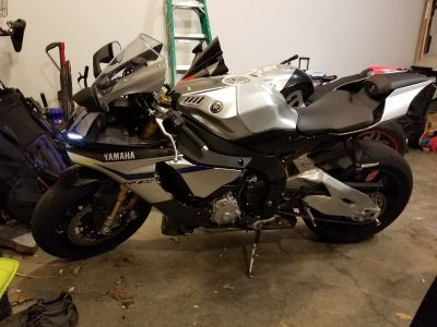 2016 Yamaha YZF R1M