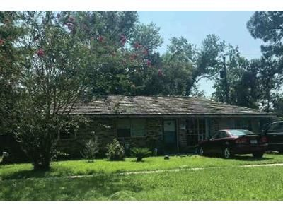 3 Bed 1.5 Bath Foreclosure Property in Port Allen, LA 70767 - S 14th St