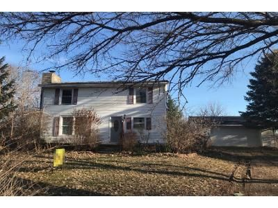 1 Bath Preforeclosure Property in Ovid, MI 48866 - Winfield Rd