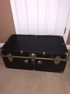 Trunk/ chest