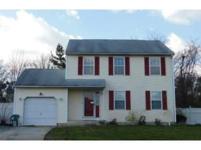 3 Bed 1.5 Bath Foreclosure Property in Bear, DE 19701 - Lochview Dr