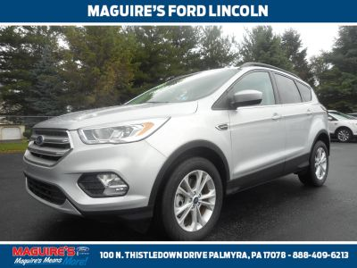 2019 Ford Escape (Ingot Silver)