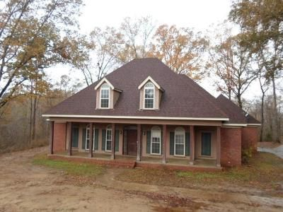 4 Bed 3 Bath Foreclosure Property in Natchez, MS 39120 - Stirling Rd
