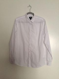 Two (2) H&M Men s Button Up Size M